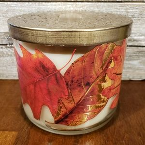 Bath & Body Works Candle • Chestnut & Clove